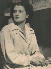 Edith_Kiss_Portrait,_Budapest_22.9.1945